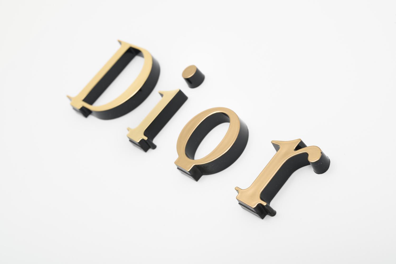 Gold Dior logo