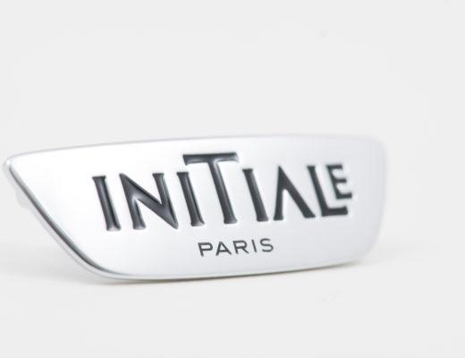 Logos, emblèmes et monogrammes en relief - LOGO VOLANT INITIALE PARIS